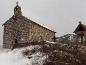 bakstenen-kerk-1-van-1